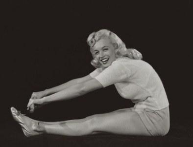 marilyn-yoga
